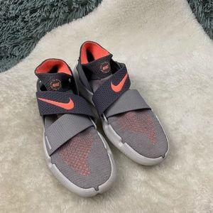 Nike Women's Free Rn Motion FK 2018 Running Shoes